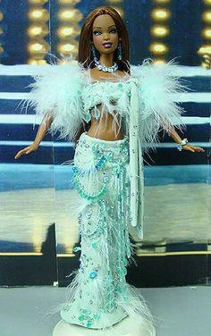 Miss Barbade 2003-2004 http://www.ninimomo.com/2003.04barbados.jpg