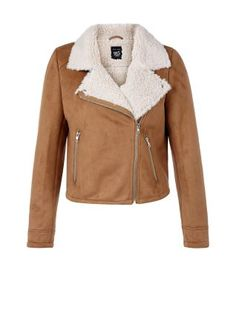 A biker jacket fit for autumn - our Teens Camel Faux Shearling Lined Biker Jacket is a stylish, warm layer for both day and night looks. £32.99 #newlook #fashion