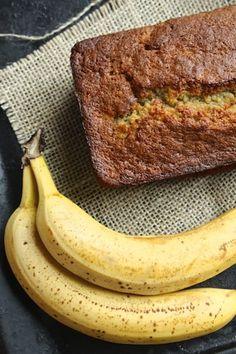 Banaanileipä - tulee hyvä kakku - Jotain maukasta Banana Bread, Steak, Baking, Desserts, Recipes, Food, Party, Tailgate Desserts, Deserts