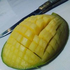 l'astuce est de couper finement la mangue et voilà le resultat