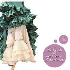 "Cómo hacer la enagua de un vestido de flamenca. Parte IV de la seria ""Cómo hacer un vestido de flamenca"" Dress Tutorials, Sewing Tutorials, Sewing Patterns, Flamenco Costume, Belly Dance Costumes, Medieval Dress, Couture, Boho Gypsy, Sewing Techniques"
