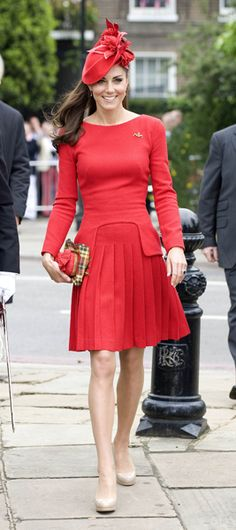 Kate Middleton Style - Alexander McQueen red dress - The Queen's Jubilee River Pageant, London - 3rd June 2012