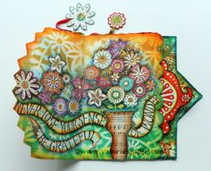 visual blessings - valerie sjodin blog- beautiful journals and her first online class is current, new one in September