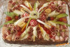Slaná torta s postupom na kvety zo zeleniny