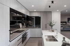 Type of Project: Residential Designers: CBG Architects Location: Sandringham VIC Completion: August 2017 Luxury Kitchen Design, Luxury Kitchens, Home Kitchens, Apartment Kitchen, Apartment Design, Kitchen Interior, Grand Kitchen, Kitchen Dining, Kitchen Cabinets