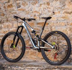 MTB Downhill and Slopestyle bikes. Mountain bike setups and tricks. MTB Downhill and Slopestyle bikes. Mountain bike setups and tricks. Mt Bike, Mtb Bicycle, Road Bike, Specialized Mountain Bikes, Specialized Bikes, Xc Mountain Bike, Mtb Frames, Montain Bike, Downhill Bike
