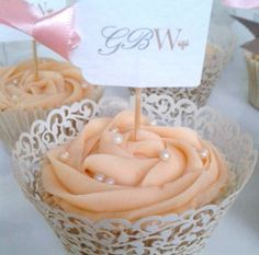 Flag Cupcake Favour - can be made in any flovour, in any colour. Find these at www.thegbwedding.com!
