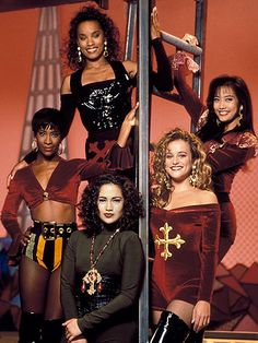 Fly Girls - In Living Color; is that Carrie Ann and JLo?