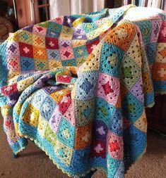 Transcendent Crochet a Solid Granny Square Ideas. Inconceivable Crochet a Solid Granny Square Ideas. Granny Square Crochet Pattern, Crochet Squares, Crochet Granny, Crochet Blanket Patterns, Crochet Blankets, Crochet Afghans, Crochet Quilt, Crochet Home, Free Crochet