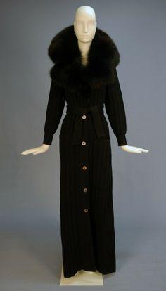 Coat  Valentino  Whitaker Auctions