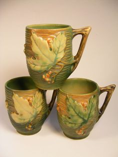 Exquisite Roseville Pitcher Bushberry and Mugs