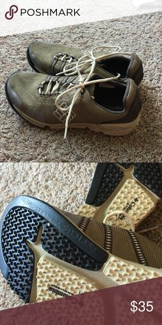 Columbia Techlite Athletic Shoe Very lightweight walking shoe. Very comfortable only used a few times. I have an Achilles issue that I have had to reduce my shoe closet. Size 10 Olive green and tan Columbia Shoes Athletic Shoes