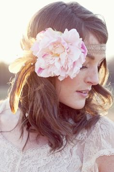 <3 Peonies. <3 feathers. <3 headbands. <3 lace.