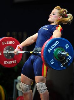 ROMANIA-EUR-WEIGHTLIFTING-WOMEN-75KG-LIDIA-VALEN TIN. oh shit. GIRL POWERRR. :D