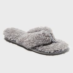 81ea3dff4bb6e The proven indoor outdoor outsole keeps you cozy at home or on the go!  Women s Dearfoams Thong Slippers - Gray S