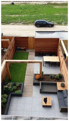 Amazing Fresh Frontyard and Backyard Landscaping Ideas Give your backyard or front lawn a fresh look this season with these gorgeous garden design ideas.Give your backyard or front lawn a fresh look this season with these gorgeous garden design ideas. Small Backyard Gardens, Backyard Patio Designs, Small Backyard Landscaping, Modern Landscaping, Small Gardens, Outdoor Gardens, Landscaping Ideas, Backyard Ideas, Backyard Pools