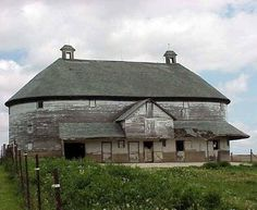 Oblong barn