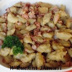 CO MI W DUSZY GRA: SZARE KLUSKI Z SUROWYCH ZIEMNIAKÓW Best Appetizer Recipes, Best Appetizers, Vegetarian Recipes, Cooking Recipes, Polish Recipes, Polish Food, Food Inspiration, Macaroni And Cheese, Food And Drink