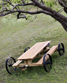Picnic Table Plans How to Build a Picnic Table Outdoor Furniture Plans Wagon Wheel Table Rustic Outdoor Furniture Wagon Wheels Rustic Table - Grillstelle - Build A Picnic Table, Table Camping, Outdoor Picnic Tables, Backyard Picnic, Outdoor Toys, Rustic Outdoor Furniture, Garden Furniture, Diy Furniture, Modern Furniture