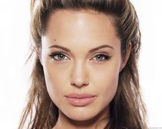I love the look of Angelina Jolie's lips and would like to plump mine up