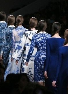 Valentino, Fall 2013, with prints that reminds to the antique porcelain .