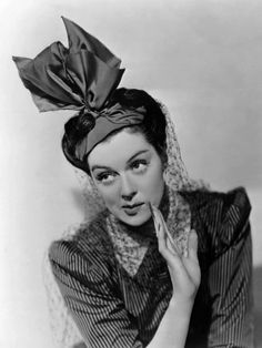 Rosalind Russell, 1939