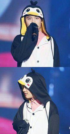 D.O.🐧🐧💕 Baekhyun Chanyeol, K Pop, Korea, Exo Official, Exo Lockscreen, Chansoo, Kim Minseok, Do Kyung Soo, Exo Memes