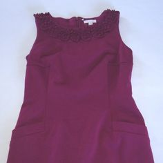 NWT CHARTER CLUB FLORAL NECKLINE PURPLE SLEEVELESS SCOOP NECK 2 FRONT POCKETS
