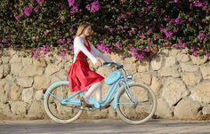 33 Female-Targeted Cycling Products - From Geometric Handlebar Planters to Girly Utility Bikes (TOPLIST)
