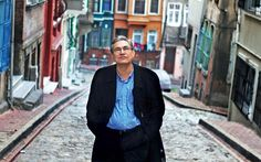 O Nobel de Literatura, Orhan Pamuk, fala sobre os desafios de ensinar literatura quando se é também um romancista. Confira:
