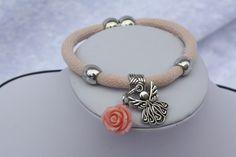 #Schmuck #Armband #rosa #silber #Magnetverschluss #Engel #Schutzengel  Hier zeige ich Euch ein wundervolles Armband mit Magnetverschluss und Schiebeperlen in rosa. An einer Schiebeperle sind eine...