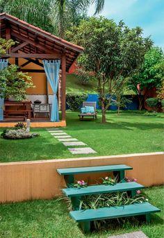 Quintal vira refúgio com árvores frutíferas, fonte e churrasqueira!