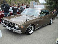 '74 Cedric GX mildy restored on super sweet Hayashi Streets..
