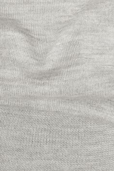 Light-gray cashmere and silk-blend Slips on 70% cashmere, 30% silk Dry clean