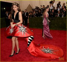 Zendaya lets her dress do all the talking as she arrives at the 2015 Met Gala held at the Metropolitan Museum of Art on Monday (May 4) in New York City.