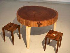 Lassen Sie sich ein Traummöbel von uns Bauen... oder schenken Sie Ihren Liebsten ein Unikat aus der Schreinerei Lohrer. #schreinereilohrer #massivholzmöbel #weihnachtsspezial #nachhaltigesweihnachtsgeschenk #swissmade #generationengeschenk #massivholzspielzeug #swisswood #woodlovers Steel Table Legs, Dining Table Legs, Etsy, Furniture, Home Decor, Shape Games, Steel Table, Computer Desks, Metal Tables