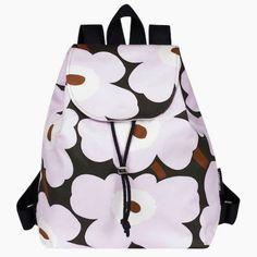 Marimekko – Canvas bags with patterns Floral Patterns, Textile Patterns, Marimekko Bag, Scandinavia Design, Haida Art, African Textiles, Canvas Bags, Japanese Patterns, Textile Artists