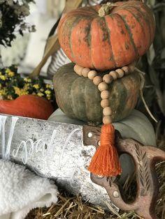 Wood Bead Garland, Beaded Garland, Garlands, Halloween Porch, Halloween Pumpkins, Fall Crafts, Holiday Crafts, Pumpkin Garden, Fall Garland