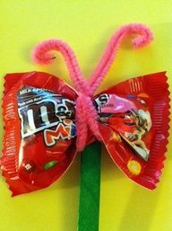 Crafts for Kids ~ Cute idea! Could use a little package of dried fruit or crackers instead