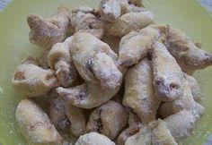 Diós hókifli recept képpel. Hozzávalók és az elkészítés részletes leírása. A diós hókifli elkészítési ideje: 40 perc Stuffed Mushrooms, Vegetables, Cake, God, Pie, Mudpie, Cakes, Vegetable Recipes, Torte