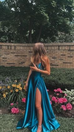 Stunning Prom Dresses, Pretty Prom Dresses, Prom Dresses Blue, Ball Dresses, Cute Dresses, Beautiful Dresses, Evening Dresses, Ball Gowns, Prom Dresses With Slits