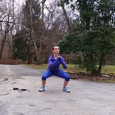 #Online #personaltraining has become increasingly popular. Sarah Ostroski has devised a program, launched in January of 2014, includes several service options. Members will have access to 4 weeks of workouts every month demonstrated by #video online.