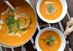 Thajská batátová polévka s červenou čočkou Asian Recipes, Ethnic Recipes, Asian Cooking, International Recipes, Soups And Stews, Soup Recipes, Smoothies, Curry, Paleo