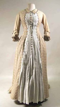 Dress ca. 1876-1878 via Manchester City Galleries, morning gown/robe