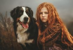 Karina Kiel portrait of red head and dog. Costume Noir, Armadura Medieval, Rides Front, Girls With Red Hair, Ginger Girls, Redhead Girl, Girl And Dog, Ginger Hair, Children Photography
