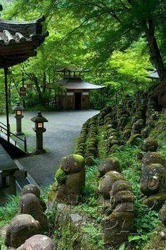 Jizo statues at Otagi NembutsujiTemple, Toriimoto, Kyoto.