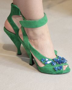 Prada green suede sandal with blue crystals. From spring summer 2014 collection. Available from Wunderl in Austria. www.wunderl.com Summer 2014, Spring Summer, Green Suede, Suede Sandals, Pumps, Heels, Blue Crystals, Austria, Prada