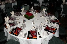 48 best Banquet table setting images on Pinterest   Table ...