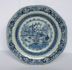 Antique 18th Century Chinese Porcelain Blue & White Plate Qianlong circa 1760