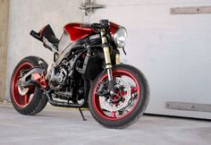"Honda CBR600F3 custom Streetfighter ""Fathead"". One of a kind custom bodywork and an exhaust that'll blow your mind."